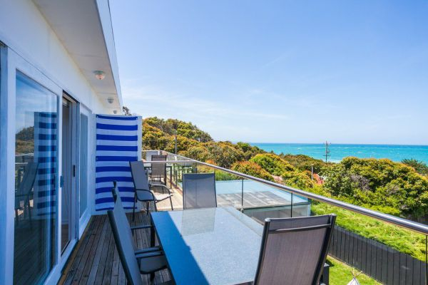 Lorne Beach Accom