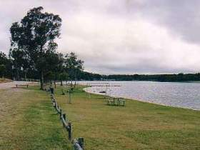 Storm King Dam - Accommodation Gold Coast