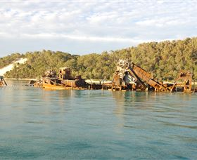 Tangalooma Wrecks Dive Site - Accommodation Gold Coast